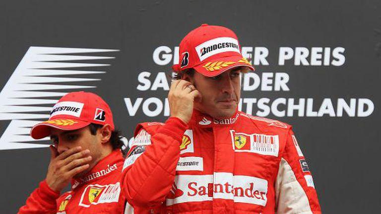 Във Ферари било по-тежко с Алонсо, отколкото сега с Фетел и Леклер