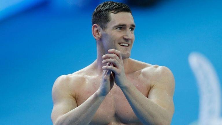 Олимпийският шампион по плуване Ван Дер Бург се бори с коронавирус