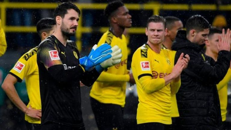 И Борусия (Д) подготвя играчите за неприятен разговор