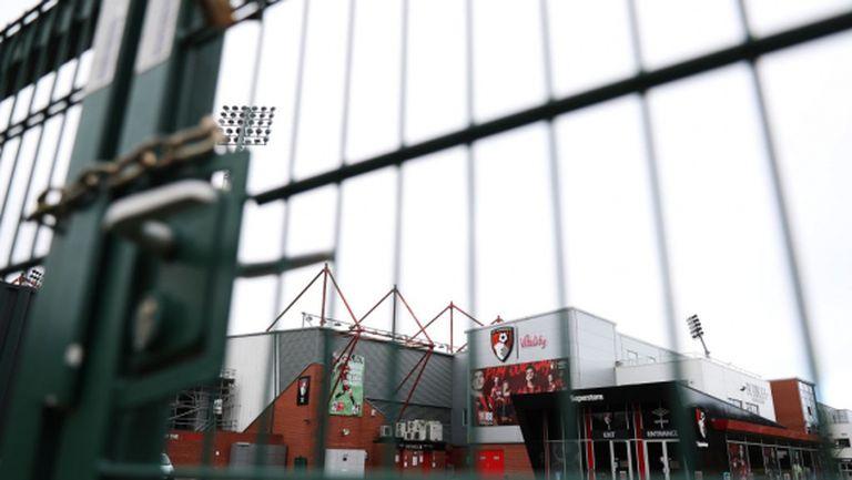 Клубовете от Премиър лийг обмислят 50-процентно намаление на заплатите