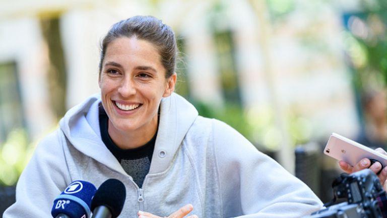 Рафа Надал пусна брада и се развихри в кухнята, тенисистка коментира външния му вид