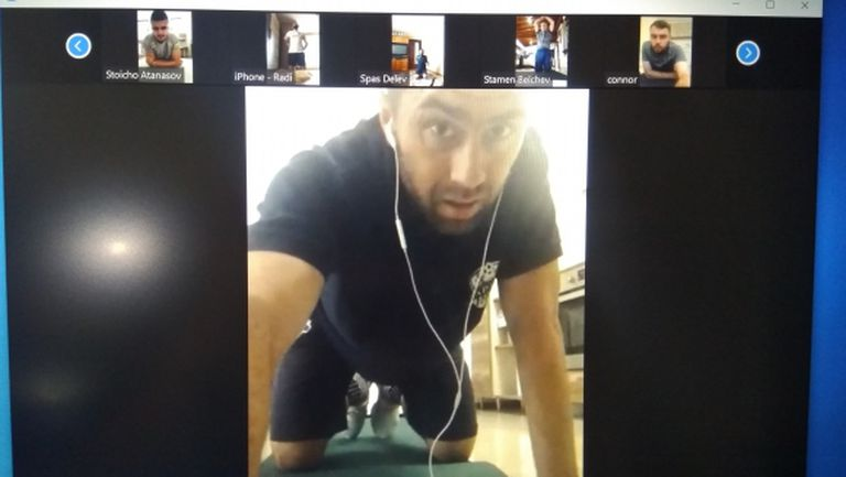 Арда проведе първа онлайн тренировка (видео)
