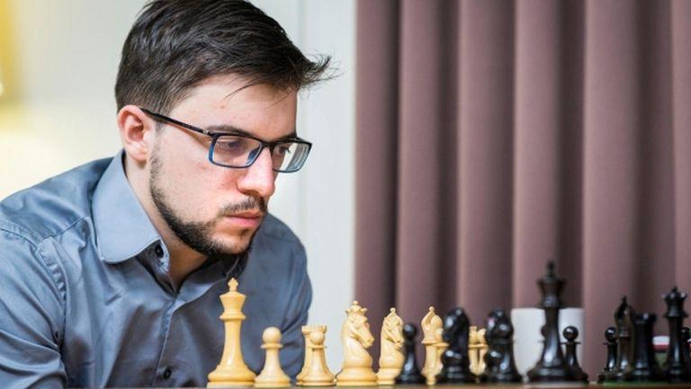 Вашие-Лаграв победи Непомнящи и го изравни на върха в турнира на претендентите
