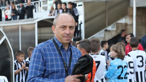 Илиан Илиев: Не е лесно, домашните тренировки не бива да превърнат футболистите в културисти