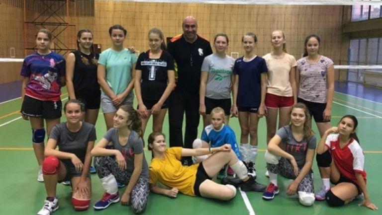 Пандемията заклещи български треньор в Русия