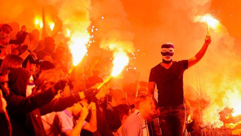 Фен запали димка вкъщи след триумф на Football Manager