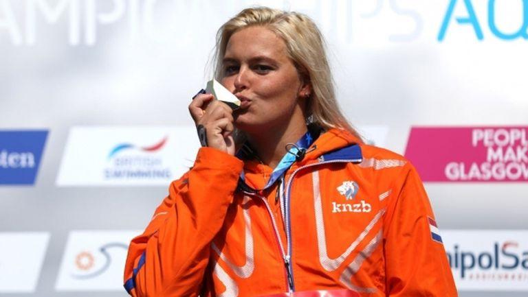 Олимпийската шампионка в открити води измисли начин как да плува по време на коронавирус