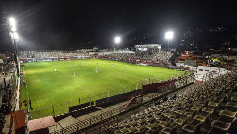 Футболистите в Южна Америка не приемат намаляване на заплатите