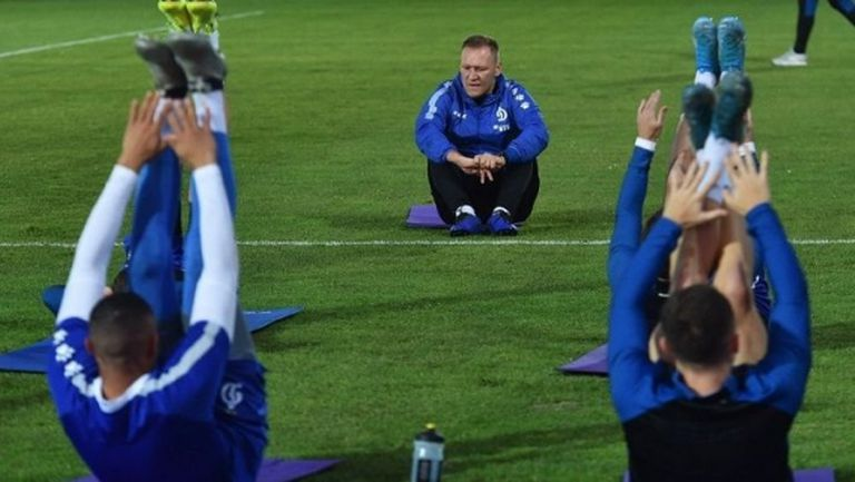 Още руски клубове режат заплатите на играчите