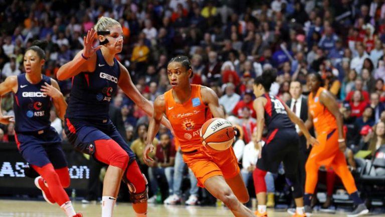 Женската НБА отложи началото на новия сезон