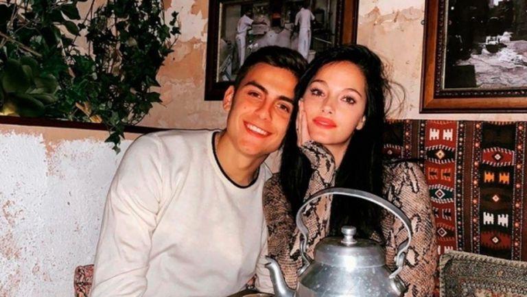 Дибала и приятелката му не са излекувани, остават под карантина