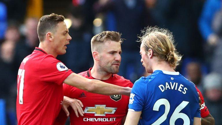 Играч на Манчестър Юнайтед призова сезонът да бъде прекратен