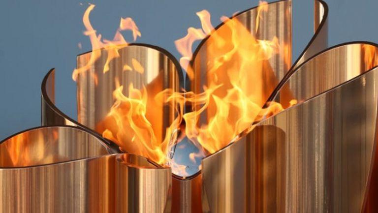 Япония скри олимпийския огън, МОК ще го използва като символ за борбата с COVID-19