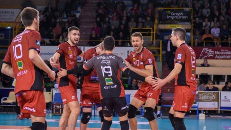 Франция спря волейбола и остана без шампиони