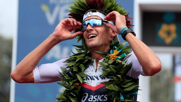 Световен шампион завърши пълен триатлон в дома си