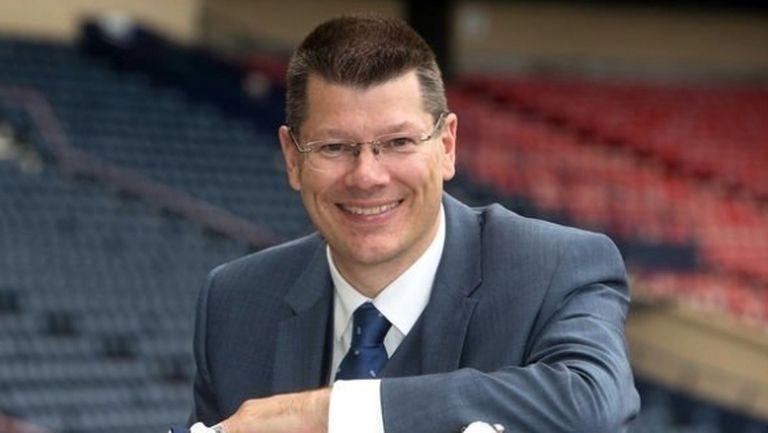 От Рейнджърс поискаха оставката на шефа на Лигата