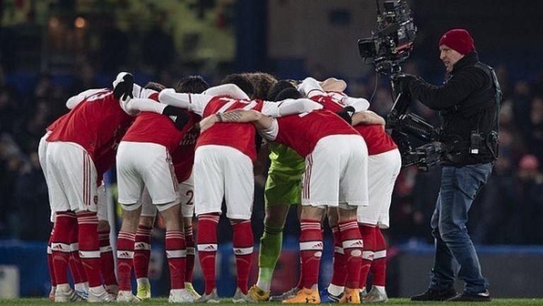 Футболистите на Арсенал отхвърлиха предложението на клубната управа за заплатите