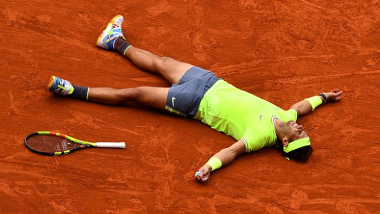 Шампионска фланелка на Надал бе продадена за над 20 000 евро