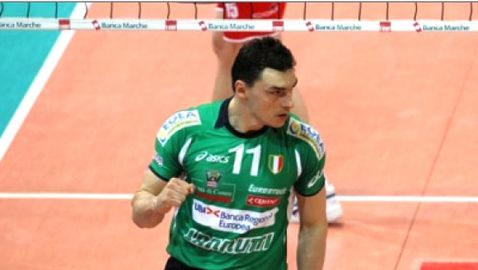 Феновете включиха Владо Николов в Идеалния отбор на Кунео, но забравиха Любо Ганев и Цецо Соколов