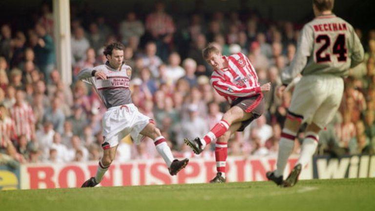 На този ден преди 24 години Алекс Фъргюсън накара играчите на Манчестър Юнайтед да... (видео+снимки)