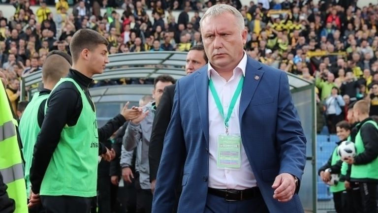 Белия отрече пред Sportal.bg, че поема Арда