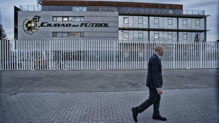 Нов скандал: Разследват президента на Испанската футболна федерация за фалшифициране на документи
