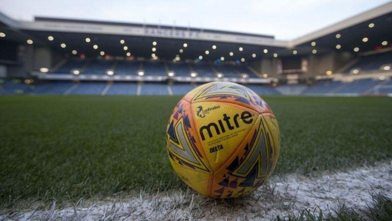В Шотландия прекратиха сезона в долните дивизии, ще се доиграва само Висшата лига