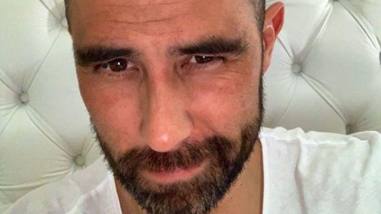 Клаудио Браво прави невероятни неща докато тренира у дома (видео)