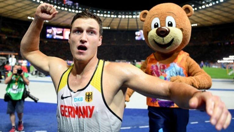 Рьолер: Нашият спорт липсва много на феновете