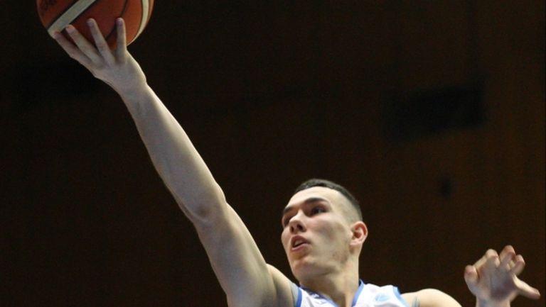 Секулович и Минчев също продължават без загуба в БФБ е-баскет лигата