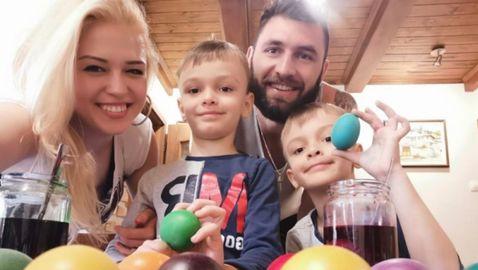 Волейболният Великден в изолация (снимки)