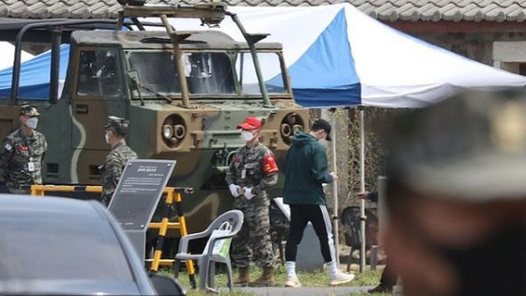 Хюн-Mин Сон вече е на военен лагер