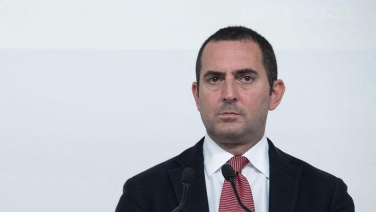 Италианският спортен министър охлади надеждите на футболните фенове