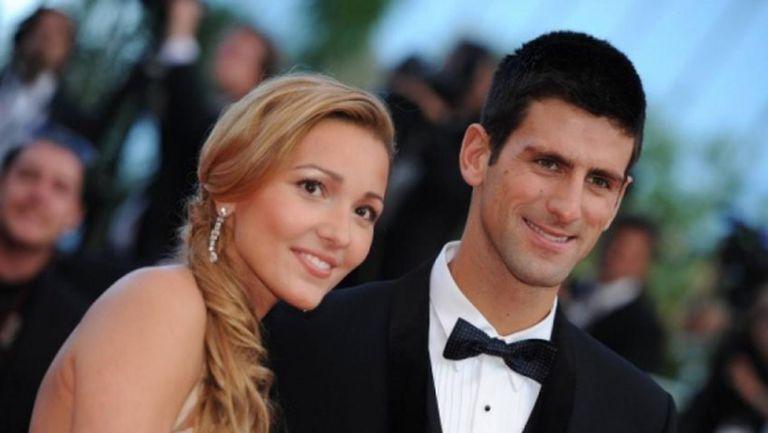 Съпругата на Джокович обвинена, че разпространява фалшива информация