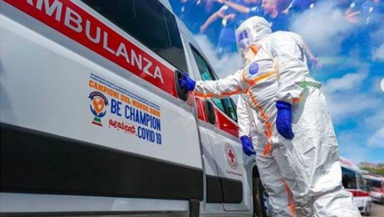 Световни шампиони от 2006 г. дариха линейки за борбата с коронавируса