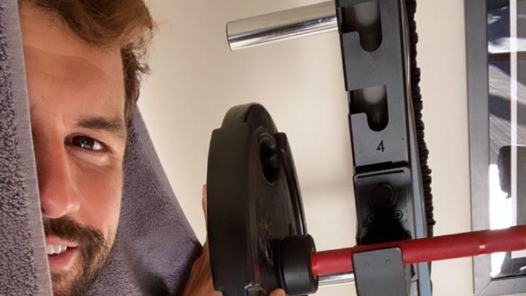 """Лени Кравиц """"помага"""" на Григор в тренировките (видео)"""