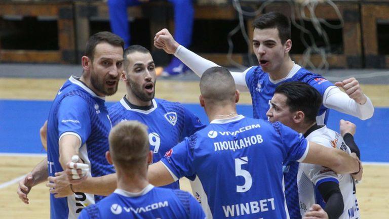 Шампионите привлякоха играчи от Левски и Арда