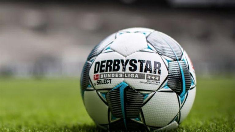 Забавя се рестартът на германския футбол?