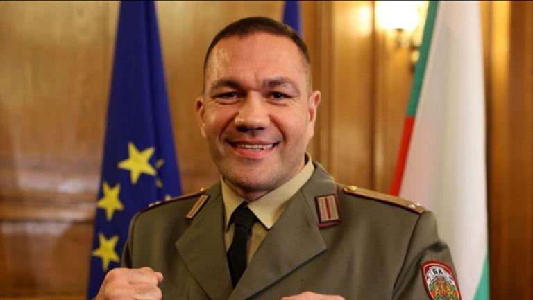 Кубрат Пулев: Честит ден на българската армия и храбростта!