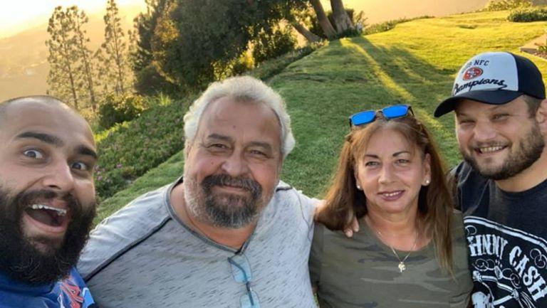 Русев се наслаждава на красиви гледки със своето семейство (снимки)