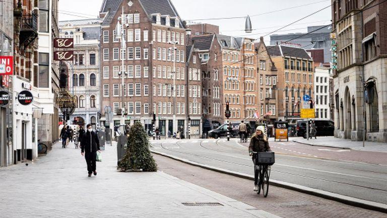 Нидерландия смекчава мерките, но организиран спорт няма да има до 1 септември