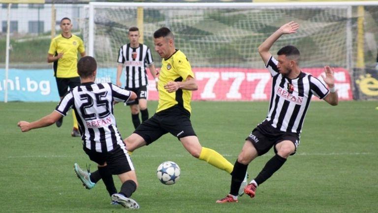 Пловдивските клубове искат школите им да подновят тренировки