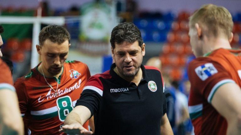 Пламен Константинов остава в Локомотив още 4 години