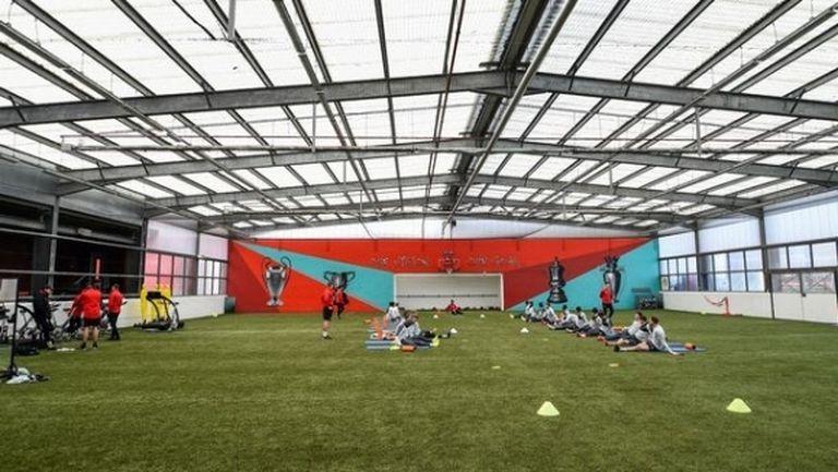 Ливърпул няма да подновява тренировки