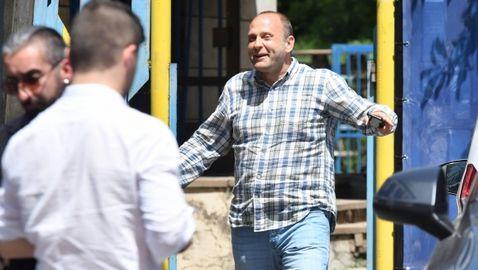 Извънредно! Акциите на Левски вече са в България - утре ще се обяви новия собственик