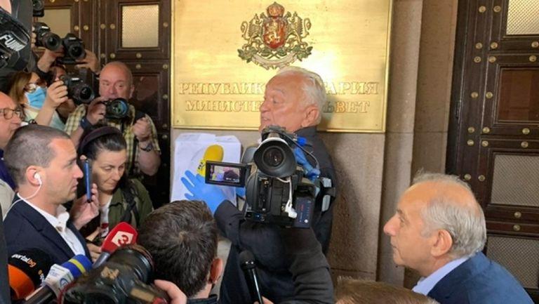 Сашо Диков разказа как се е сдобил с акциите на Левски