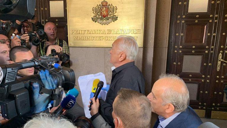 Сашо Диков ще връща акциите, обяви при какви условия може да ги даде на феновете