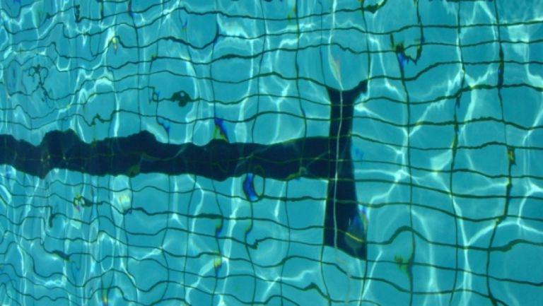 Засега от плувците ще тренират само проектоолимпийците