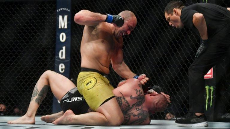 Тейшейра преби Смит на галавечерта на UFC