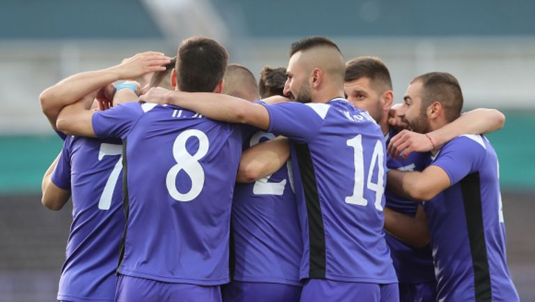Първи случай на COVID-19 в българския футбол?